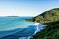 Praia do Saquinho. Florianópolis, Santa Catarina, Brasil. / Saquinho Beach. Florianopolis, Santa Catarina, Brazil.