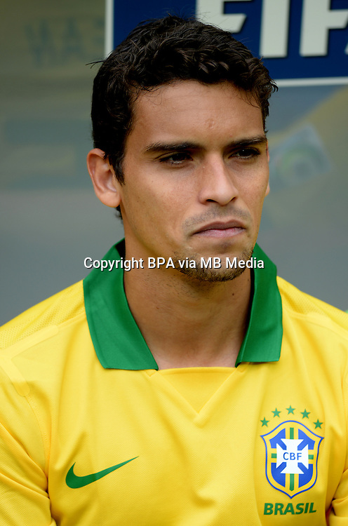 Fifa Brazil 2013 Confederation Cup / Group A Match /<br /> Brazil vs Japan 3-0  ( National / Mane Garrincha Stadium - Brasilia , Brazil )<br /> JEAN of Brazil , during the match between Brazil and Japan