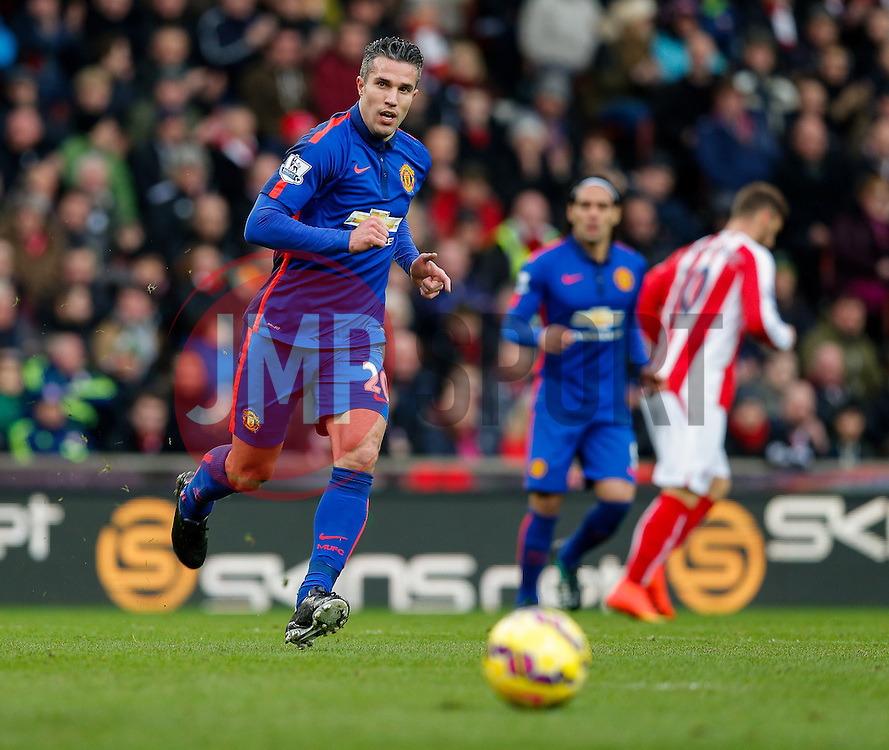 Robin van Persie of Manchester United in action - Photo mandatory by-line: Rogan Thomson/JMP - 07966 386802 - 01/01/2015 - SPORT - FOOTBALL - Stoke-on-Trent, England - Britannia Stadium - Stoke City v Manchester United - New Year's Day Football - Barclays Premier League.