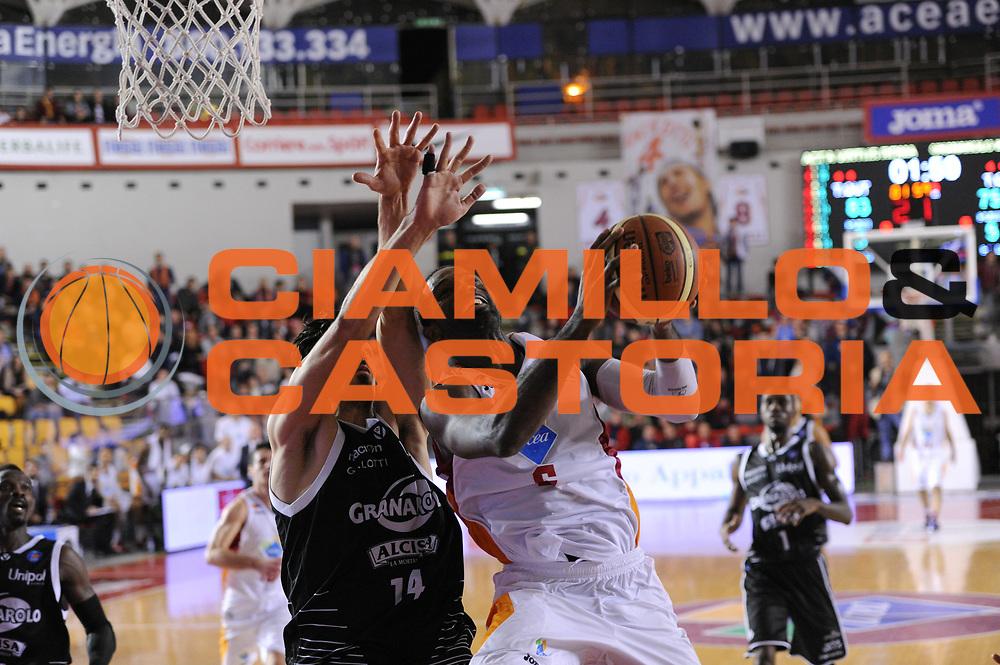 DESCRIZIONE : Roma Lega A 2014-15 Acea Roma Granarolo Bologna<br /> GIOCATORE : Bobby Jones<br /> CATEGORIA : Penetrazione<br /> SQUADRA : Acea Roma<br /> EVENTO : Campionato Lega A 2014-2015<br /> GARA : Acea Roma Granarolo Bologna<br /> DATA : 04/01/2015<br /> SPORT : Pallacanestro <br /> AUTORE : Agenzia Ciamillo-Castoria/G. Masi<br /> Galleria : Lega Basket A 2014-2015<br /> Fotonotizia : Roma Lega A 2014-15 Acea Roma Granarolo Bologna