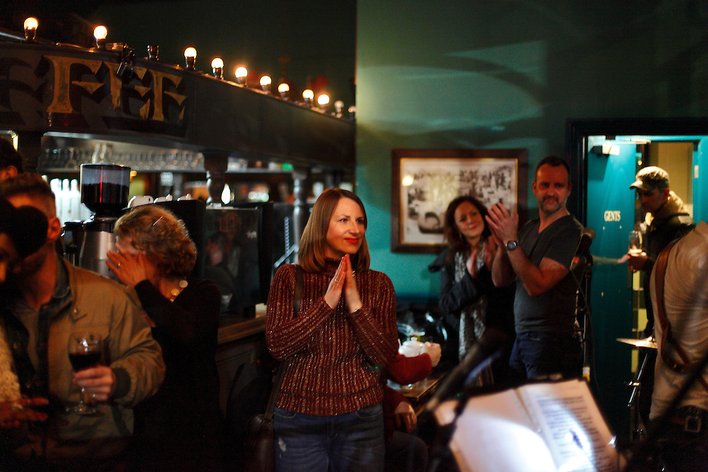 Loretta Heywood performs in the week before closing. 24th March 2016. The KPH pub. Ladbroke Grove. London.<br />