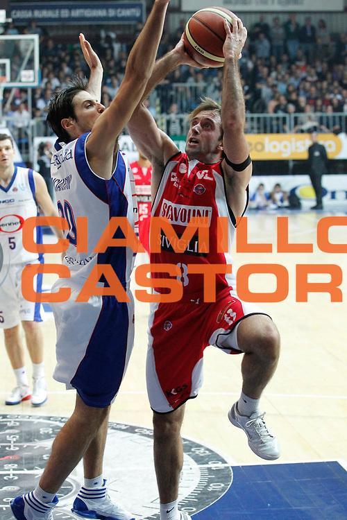 DESCRIZIONE : Cantu Campionato Lega A 2011-12 Bennet Cantu Scavolini Siviglia Pesaro<br /> GIOCATORE : Daniele Cavaliero<br /> CATEGORIA : Tiro<br /> SQUADRA : Scavolini Siviglia Pesaro<br /> EVENTO : Campionato Lega A 2011-2012<br /> GARA : Bennet Cantu Scavolini Siviglia Pesaro<br /> DATA : 29/10/2011<br /> SPORT : Pallacanestro<br /> AUTORE : Agenzia Ciamillo-Castoria/G.Cottini<br /> Galleria : Lega Basket A 2011-2012<br /> Fotonotizia : Cantu Campionato Lega A 2011-12 Bennet Cantu Scavolini Siviglia Pesaro<br /> Predefinita :