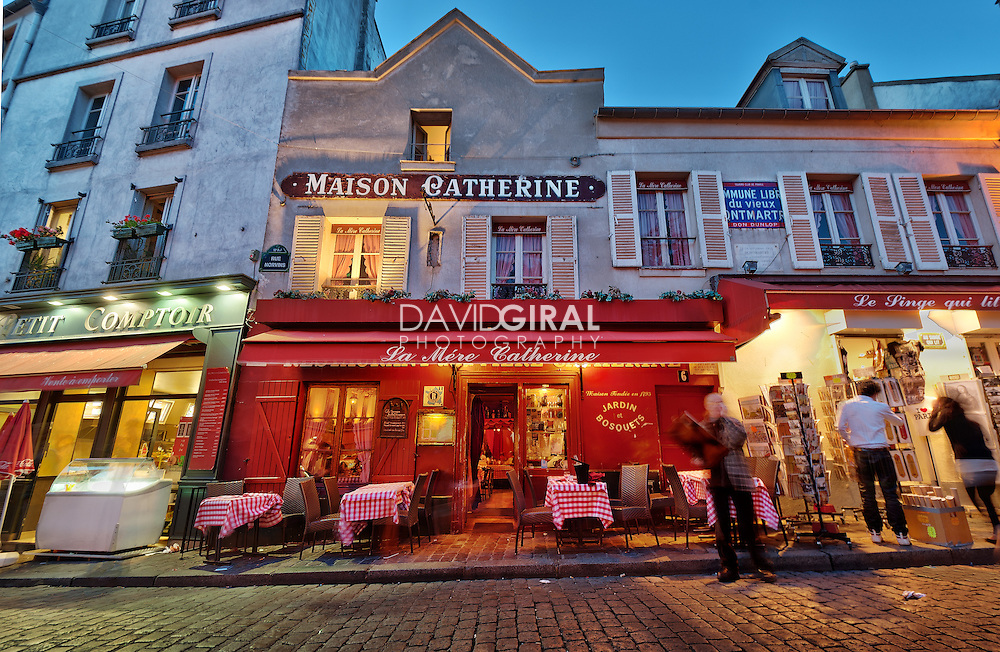 Streets of Montmartre, Paris, France | David Giral Photography