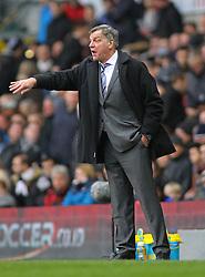 West Ham Manager, Sam Allardyce issues instructions to his team - Photo mandatory by-line: Mitchell Gunn/JMP - Mobile: 07966 386802 - 22/02/2015 - SPORT - football - London - White Hart Lane - Tottenham Hotspur v West Ham United - Barclays Premier League