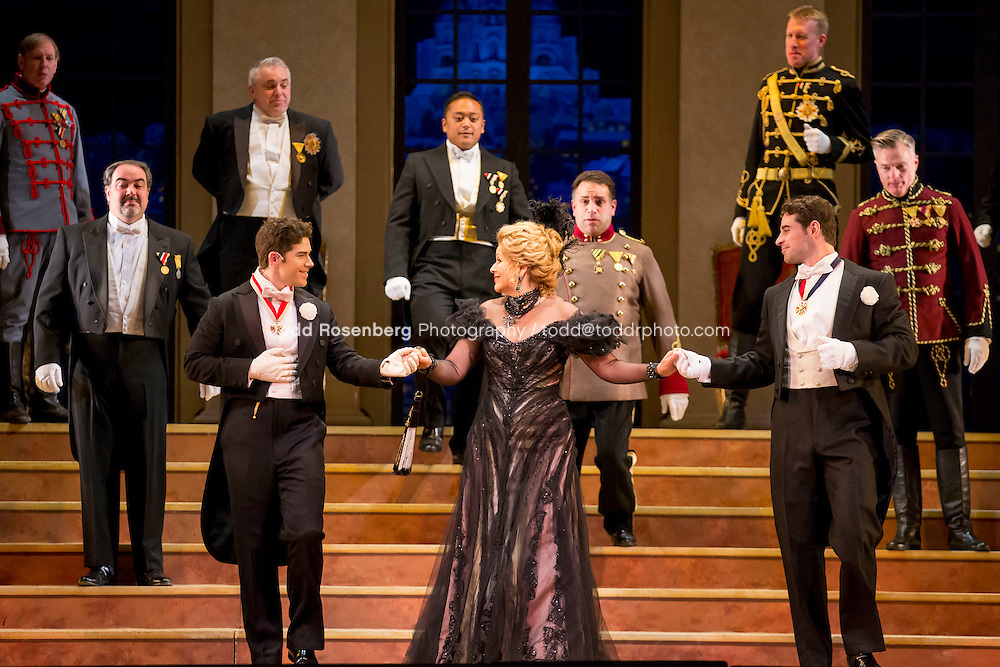 11/11/15 1:40:23 PM -- <br /> The Lyric Opera of Chicago Presents<br /> &quot;The Merry Widow&quot;<br /> Renee Fleming<br /> <br /> &copy; Todd Rosenberg Photography 2015