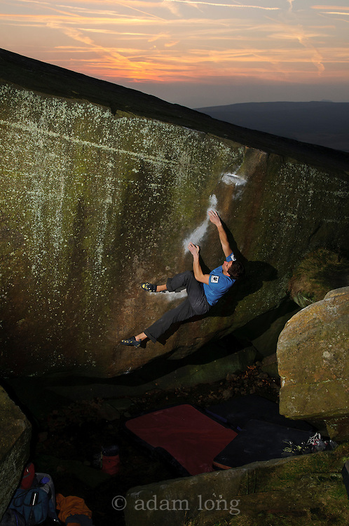 Adam Lincoln on Brad Pit font 7c+, Stanage
