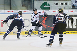 02.11.2014, Saturn Arena, Ingolstadt, GER, DEL, ERC Ingolstadt vs Thomas Sabo Ice Tigers, 16. Runde, im Bild Patrick Reimer (Nr.17, Thomas Sabo Ice Tigers) gegen Dustin Friesen (Nr.14, ERC Ingolstadt) und Patrick Hager (Nr.52, ERC Ingolstadt) // during Germans DEL Icehockey League 16th round match between ERC Ingolstadt and Thomas Sabo Ice Tigers at the Saturn Arena in Ingolstadt, Germany on 2014/11/02. EXPA Pictures © 2014, PhotoCredit: EXPA/ Eibner-Pressefoto/ Strisch<br /> <br /> *****ATTENTION - OUT of GER*****