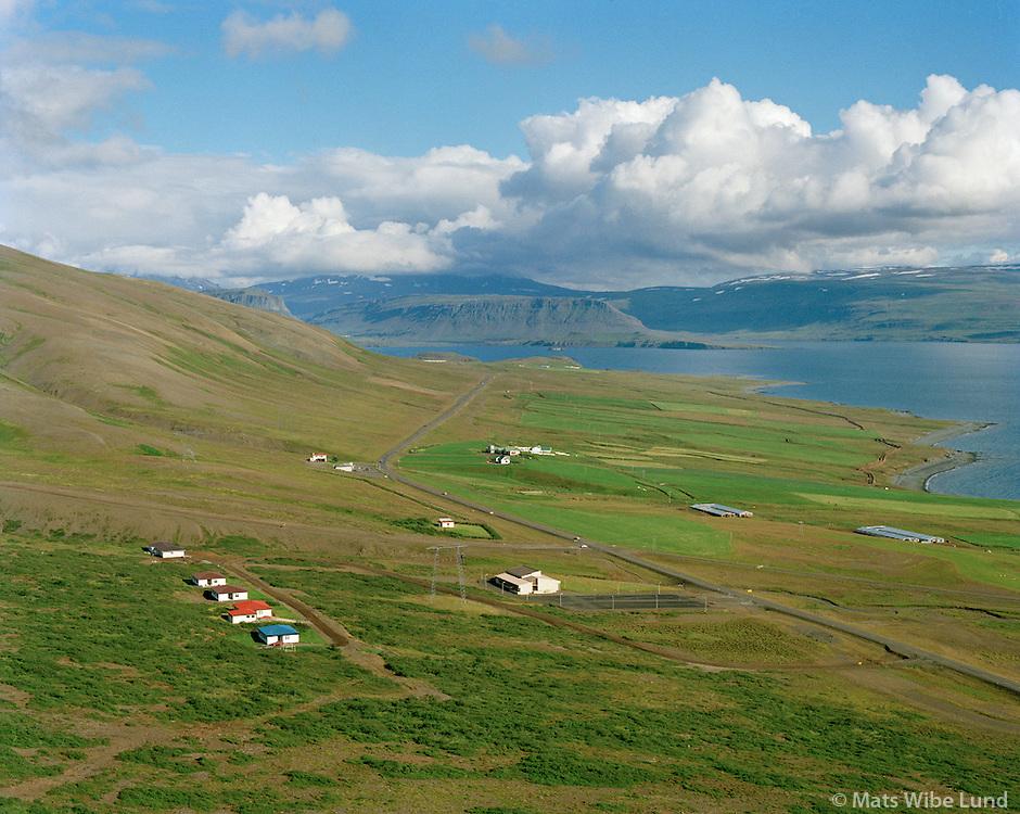 Hlaðir og Ferstikla (í baksýni), Hvalfjarðarsveit áður Hvalfjarðarstrandarhreppur / Hladir and Ferstikla (in background), Hvalfjardarsveit former Hvalfjardarstrandarhreppur.