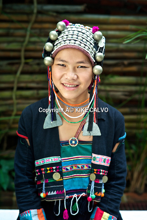 Teen wearing a Akha Pouly Traditional Dress.