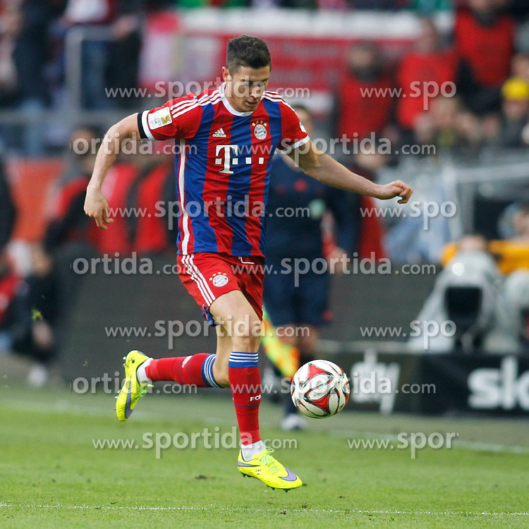 04.04.2015, Signal Iduna Park, Dortmund, GER, 1. FBL, Borussia Dortmund vs FC Bayern Muenchen, 27. Runde, im Bild Robert Lewandowski (FC Bayern Muenchen #9) // during the German Bundesliga 27th round match between Borussia Dortmund and FC Bayern Muenchen at the Signal Iduna Park in Dortmund, Germany on 2015/04/04. EXPA Pictures &copy; 2015, PhotoCredit: EXPA/ Eibner-Pressefoto/ Schueler<br /> <br /> *****ATTENTION - OUT of GER*****