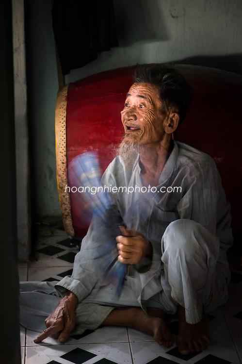 Vietnam Images-Portrait-Chân dung-People-Quảng Ngãi-Lý sơn island hoàng thế nhiệm hoàng thế nhiệm