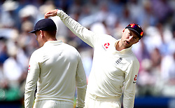 Joe Root of England chats to his players - Mandatory by-line: Robbie Stephenson/JMP - 08/07/2017 - CRICKET - Lords - London, United Kingdom - England v South Africa - Investec Test Series