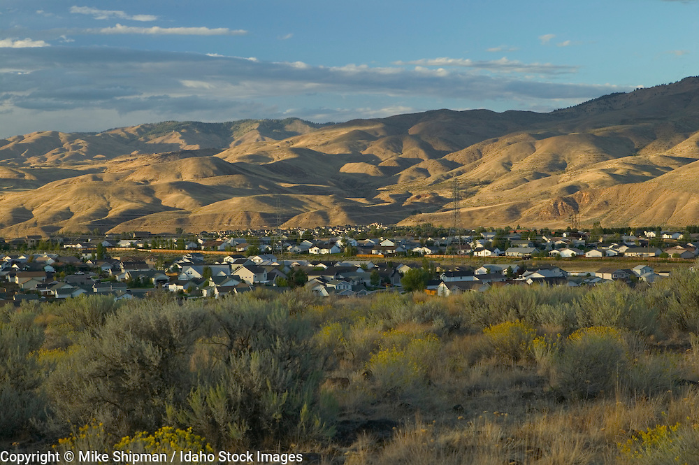Columbia Village subdivision at sunset with foothills and sagebrush, Boise City, Ada County, Idaho, USA