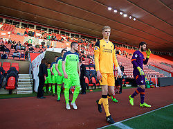 SOUTHAMPTON, ENGLAND - Monday, April 10, 2017: Liverpool's goalkeeper Caoimhin Kelleher walks out to face Southampton before FA Premier League 2 Division 1 Under-23 match at St.Mary's Stadium. (Pic by David Rawcliffe/Propaganda)