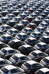 Pátio do Porto do Rio de Janeiro lotados de carros para exportação. FOTO: Jefferson Bernardes/Preview.com
