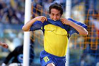 Fotball<br />Argentina 2003/2004<br />12/10/03 BOCA JUNIORS (2) Vs ATLETICO RAFAELA (0) - Football - Argentina<br />Ninth match of the Torneo Apertura 2003<br />MATIAS DONNET is celebrating a goal<br />Foto: Digitalsport