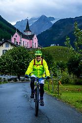 13-09-2017 SUI: BvdGF Tour du Mont Blanc day 5, Champex<br /> Deze etappe wordt volledig in Zwitserland verreden en bevat enkele mooie trails. We eindigen bergop waar er in Champex werd overnacht. Carlos