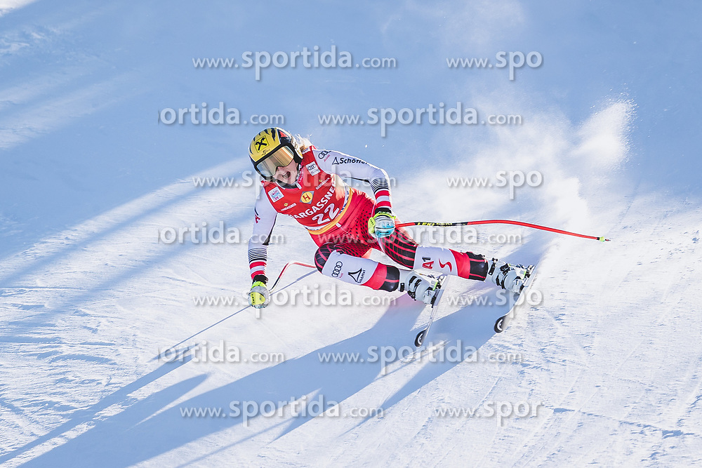 10.01.2020, Keelberloch Rennstrecke, Altenmark, AUT, FIS Weltcup Ski Alpin, Abfahrt, Damen, 2. Training, im Bild Nina Ortlieb (AUT) // Nina Ortlieb of Austria in action during her 2nd training run for the women's Downhill of FIS ski alpine world cup at the Keelberloch Rennstrecke in Altenmark, Austria on 2020/01/10. EXPA Pictures © 2020, PhotoCredit: EXPA/ Johann Groder