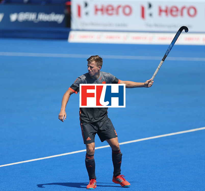 LONDON, ENGLAND - JUNE 20:  Thijs van Dam of the Netherlands during the Pool B match between India and the Netherlands on day six of the Hero Hockey World League Semi-Final at Lee Valley Hockey and Tennis Centre on June 20, 2017 in London, England.  (Photo by Alex Morton/Getty Images)