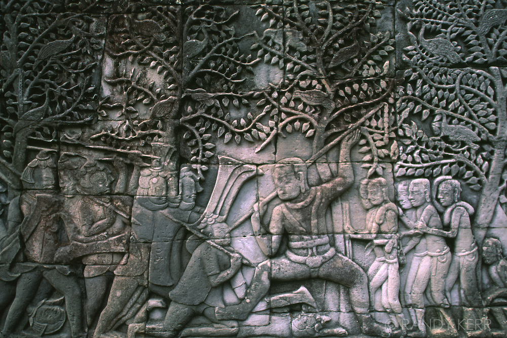 Bas Relief at Angkor Thom - battle