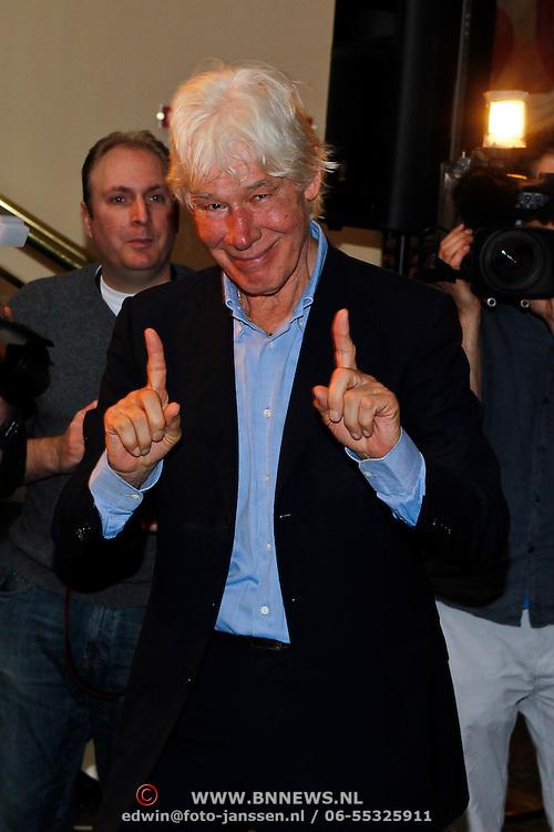 NLD/Amsterdam/20100910 - Paul van Vliet viert 75ste verjaardag met vrienden,