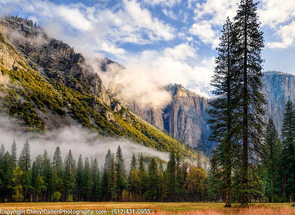 Sierra Nevada mountain range in the early morning