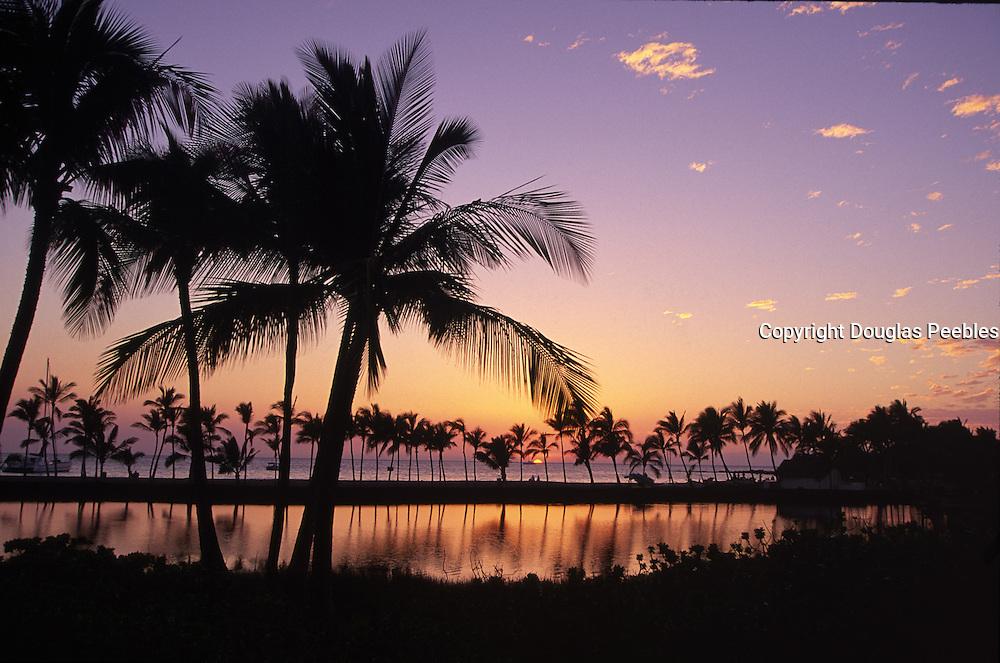 Sunset, Anaeho'omalu Bay, Kohala Coast, Island of Hawaii<br />