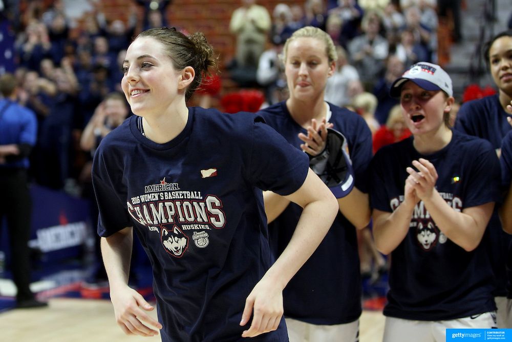 Katie Lou Samuelson, UConn, is congratulated by team mates after making the tournament team during the UConn Huskies Vs USF Bulls 2016 American Athletic Conference Championships Final. Mohegan Sun Arena, Uncasville, Connecticut, USA. 7th March 2016. Photo Tim Clayton