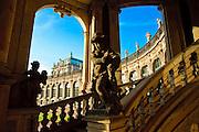 Zwinger vom Glockenspielpavillon aus, Dresden, Sachsen, Deutschland.|.Zwinger, Dresden, Germany