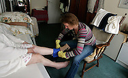 THE NETHERLANDS-THE HAGUE- Home care. PHOTO: GERRIT DE HEUS.Foto: Gerrit de Heus. Den Haag. 24/04/07. Thuiszorg
