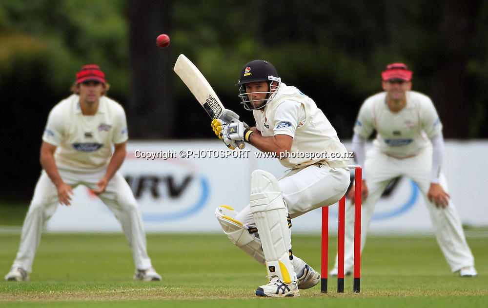 Grant Elliott batting for Wellington. Plunket Shield Cricket, Day 1 of the 4 Day match between Canterbury Wizards v Wellington Firebirds. Played at Mainpower Oval, Rangiora, Monday 19 November 2012. Photo : Joseph Johnson/photosport.co.nz