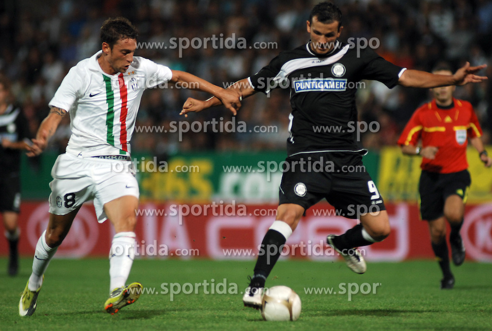 19.08.2010, UPC Arena, Graz, AUT, UEFA EL, Sturm Graz vs Juventus Turin, im Bild Claudio Marchisio (8, Juventus Turin), Haris Bukva (9, SK Sturm Graz), EXPA Pictures © 2010, PhotoCredit: EXPA/ J. Hinterleitner / SPORTIDA PHOTO AGENCY