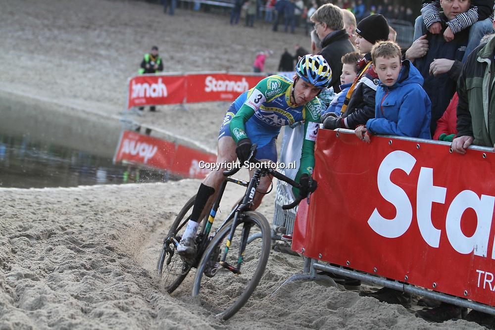 Nederlands Kampioenschap veldrijden Gasselte elite Thijs vna Amerongen was goed voor brons op het NK