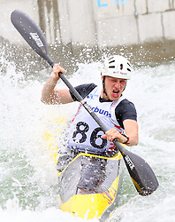 27.06.2015, Verbund Wasserarena, Wien, AUT, ICF, Kanu Wildwasser Weltmeisterschaft 2015, K1 men, im Bild Damian Kukec (CRO) // during the final run in the men's K1 class of the ICF Wildwater Canoeing Sprint World Championships at the Verbund Wasserarena in Wien, Austria on 2015/06/27. EXPA Pictures © 2014, PhotoCredit: EXPA/ Sebastian Pucher