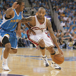 01 November 2008: Cleveland Cavaliers guard Mo Williams (2) drives past New Orleans Hornets guard Chris Paul (3) during the NBA regular season home opener for the New Orleans Hornets against the Cleveland Cavaliers at the New Orleans Arena in New Orleans, LA..