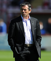 Southend United Manager, Phil Brown- Photo mandatory by-line: Harry Trump/JMP - Mobile: 07966 386802 - 18/04/15 - SPORT - FOOTBALL - Sky Bet League Two - Exeter City v Southend United - St James Park, Exeter, England.