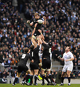 Twickenham, GREAT BRITAIN, Tom DONNELLY, passes the line out ball, during the Investic Challenge Series, England vs New Zealand, Autumn International at Twickenham Stadium, Surrey on Saturday  21/11/2009   [Photo, Peter Spurrier/Intersport-images]
