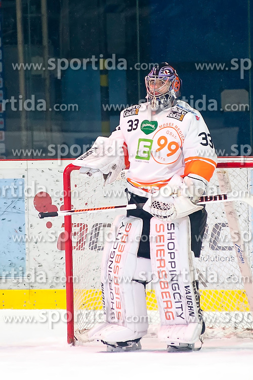 18.12.2015, Ice Rink, Znojmo, CZE, EBEL, HC Orli Znojmo vs Moser Medical Graz 99ers, 32. Runde, im Bild Thomas Honeckl (Graz 99ers) // during the Erste Bank Icehockey League 32nd round match between HC Orli Znojmo and Moser Medical Graz 99ers at the Ice Rink in Znojmo, Czech Republic on 2015/12/18. EXPA Pictures © 2015, PhotoCredit: EXPA/ Rostislav Pfeffer