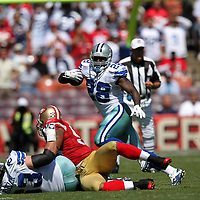 Dallas Cowboys running back Felix Jones (28) during an NFL football game between the Dallas Cowboys and the San Francisco 49ers at Candlestick Park on Sunday, Sept. 18, 2011 in San Francisco, CA.  (Photo/Alex Menendez)
