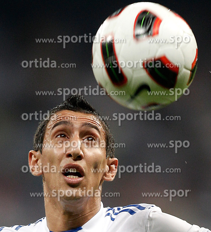 21.09.2010, Estadio Santiago Bernabeu, Madrid, ESP, Real Madrid v Espanyol Barcelona, im Bild Real Madrid's Angel Di Maria against Espanyol's Francisco Chica, EXPA Pictures © 2010, PhotoCredit: EXPA/ Alterphotos/ Alvaro Hernandez / SPORTIDA PHOTO AGENCY