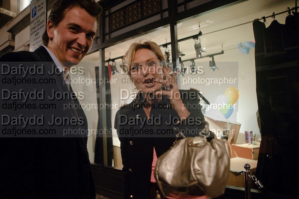 ALEXANDER VAUGHAN; HON PHILIPPA CADOGAN , LANVIN PARTY. Savile Row. London. 11 November 2009.