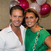 NLD/Volendam/20140626 - 100%NL magazine bestaat 5 jaar, Danny de Munk en partner Jenny Smit
