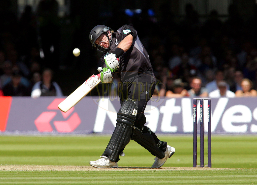 Photo © ANDREW FOSKER / SECONDS LEFT IMAGES 2008  - Kiwi batsman Scott Styris clubs an enormous shot over mid on on his way to 87 not out - England v New Zealand Black Caps - 5th ODI - Lord's Cricket Ground - 28/06/08 - London -  UK - All rights reserved