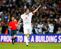 England's John Terry celebrates his  Goal. World Cup Qualifer England v Ukraine at Wembley Stadium 01/04/2009. Credit  Colorsport / Kieran Galvin
