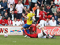 Photo: Mark Stephenson.<br />Walsall v Hereford United. Coca Cola League 2. 09/04/2007. Hereford's Dean Beckwith (No.28) is sent off for this challenge