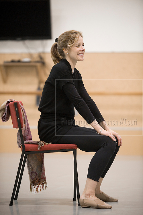Acclaimed British ballerina Darcey Bussell talks to students at the NZ School of Dance in Wellington, on 2 June 2012.