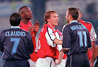 Patrick Vieira (Arsenal) clashes with Sinisa Mihajlovic and Guiseppe Pancaro (Lazio) as Ray Parlour steps in. S.S.Lazio 1:1 Arsenal, UEFA Champions League, Group B, Olympic Stadium, Rome, 17/10/2000. Credit Colorsport / Stuart MacFarlane.