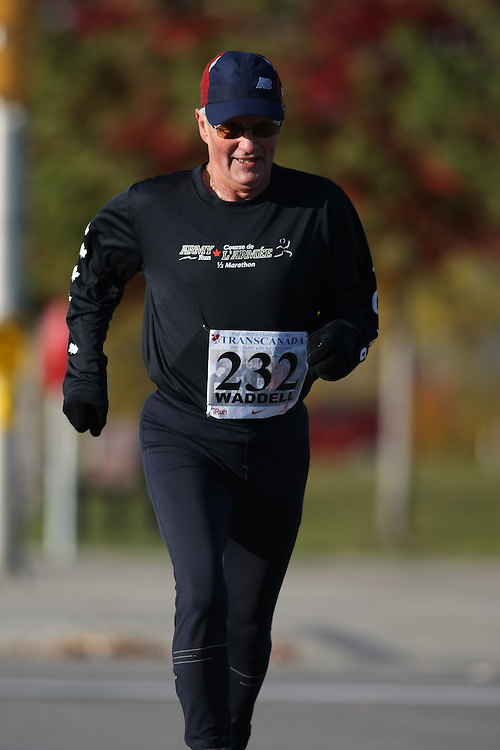 (Ottawa, ON---18 October 2008) NELSON WADDELL runs in the 2008 5km challenge at the TransCanada 10km Canadian Road Race Championships. Photography copyright Sean Burges/Mundo Sport Images (www.msievents.com).