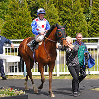 Madamoiselle Bond and Noel Garbutt winning the 1.50 race