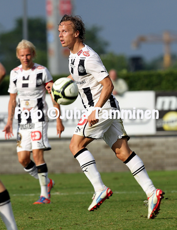 9.7.2012, Veritas stadion (Kupittaa), Turku..Veikkausliiga 2012..FC TPS Turku - FC Honka..Jarkko Hurme - TPS.